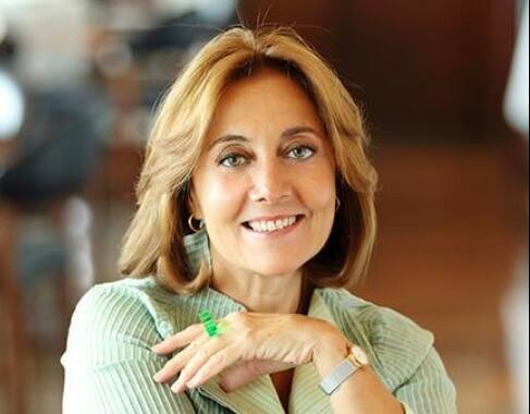 Тилбе Саран - Фюген, романтичната майка на Джесур в